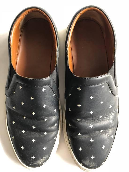 Givenchy RARE CROSS BLACK/WHITE Size US 10 / EU 43