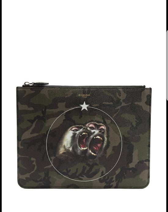 Givenchy Large monkey brothers camo pouch Size ONE SIZE