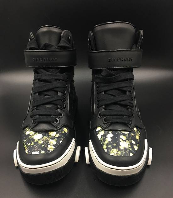 Givenchy Givenchy Tyson Floral Toe Printed Sneakers Size US 7 / EU 40 - 6