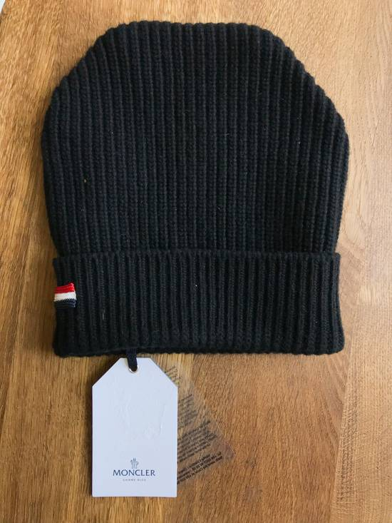 Thom Browne Moncler Gamme Bleu Black ribbed hat by Thom Browne Size 30 - 4
