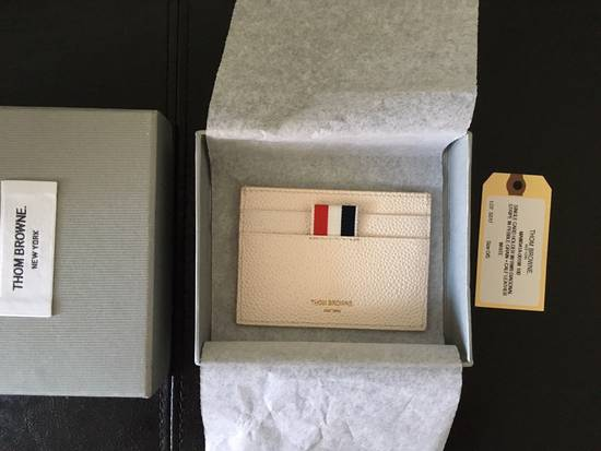 Thom Browne Off-White Diagonal Stripe Single Card Holder Size ONE SIZE - 1