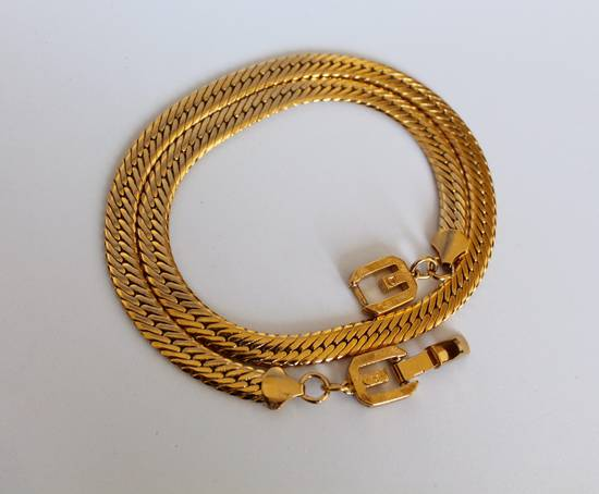 Givenchy Gold Plated Herringbone Chain Size ONE SIZE
