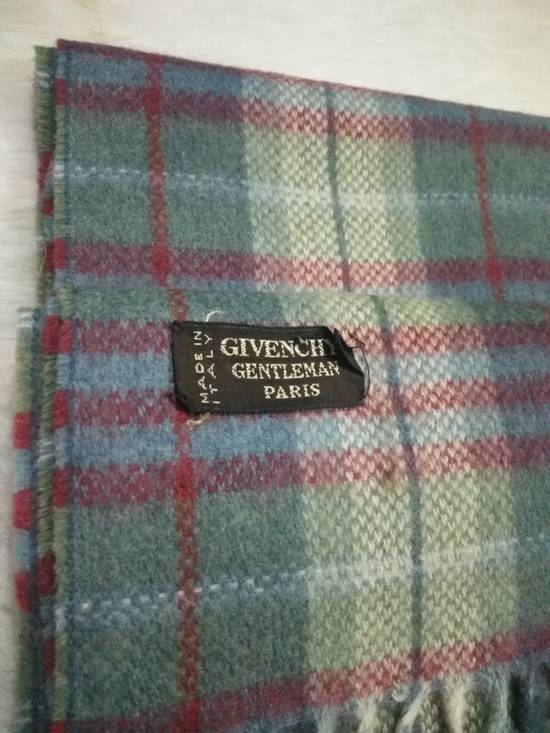 Givenchy VINTAGE GIVENCHY GENTLEMAN PARIS CASHMERE AND WOOLS BLENDED MATERIAL MUFFLER MADE IN ITALY Size ONE SIZE - 1
