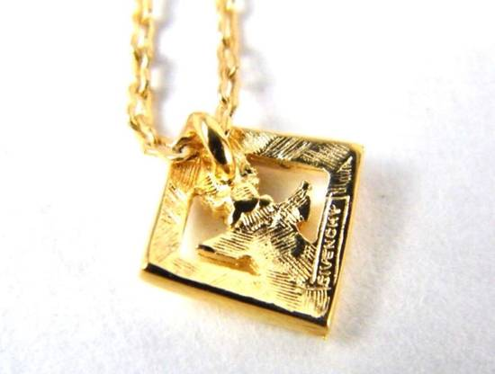 Givenchy Givenchy G Necklace Vintage Necklace Gold Tone Chain Size ONE SIZE - 2