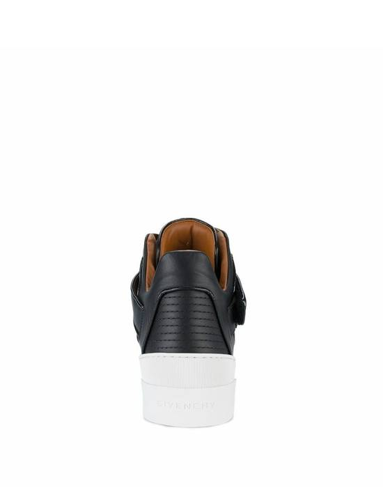 Givenchy Givenchy Tyson Star Embelisshed Hi Sneakers - Black (Size - 43) Size US 10 / EU 43 - 2