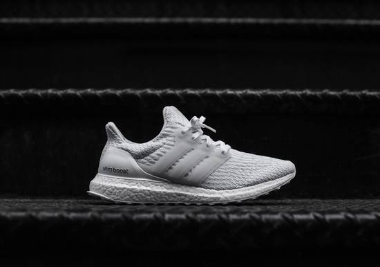 48ee13316 Adidas Adidas Ultra Boost 3.0 Triple White V3 UB Size 10 - Low-Top ...