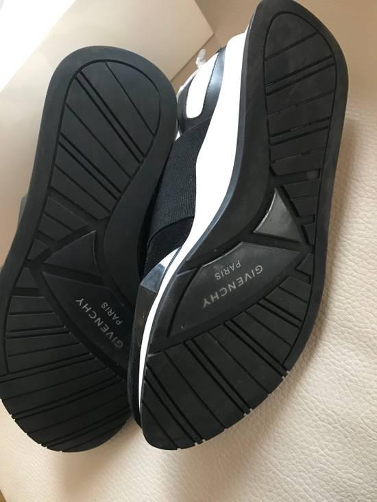 Givenchy Givenchy Runner Size US 8 / EU 41 - 8