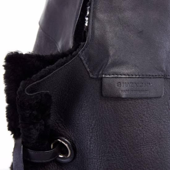 Givenchy GIVENCHY TISCI black reversible leather shearling fur oversize hobo shoulder bag Size ONE SIZE - 11
