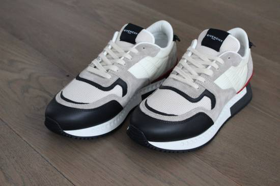 Givenchy Givenchy Runners Light Grey Size US 6 / EU 39 - 5