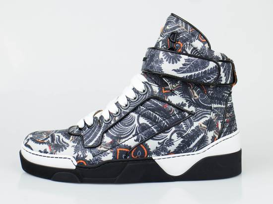 Givenchy Gray Leather Hi-Top Fashion Sneakers Size US 7 / EU 40 - 2