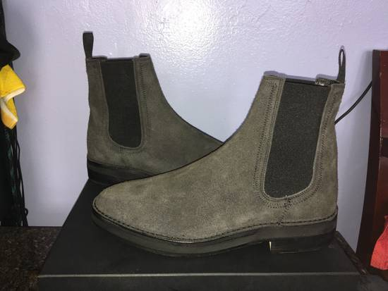 66a0805f2 ... Yeezy Season 6 Graphite Shaggy Suede Chelsea Boots Size US 11   EU 44 -  1 ...