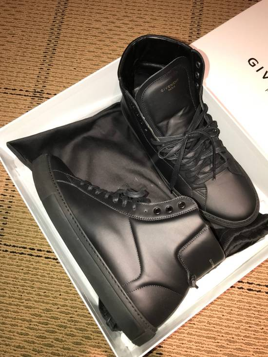 Givenchy Givenchy Sneakers Size US 11 / EU 44 - 1