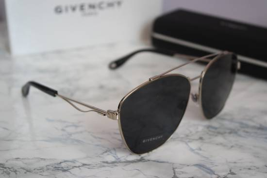 Givenchy NEW Givenchy 7049/S Oversized Double Bridge Aviator Sunglasses Size ONE SIZE - 7