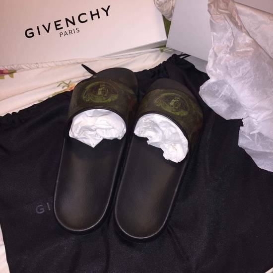 Givenchy Givenchy Money Slip One Size US 8 / EU 41 - 1
