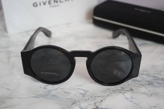 Givenchy NEW Givenchy 7056/S Black Round Thick Leg Circle Sunglasses Size ONE SIZE - 5