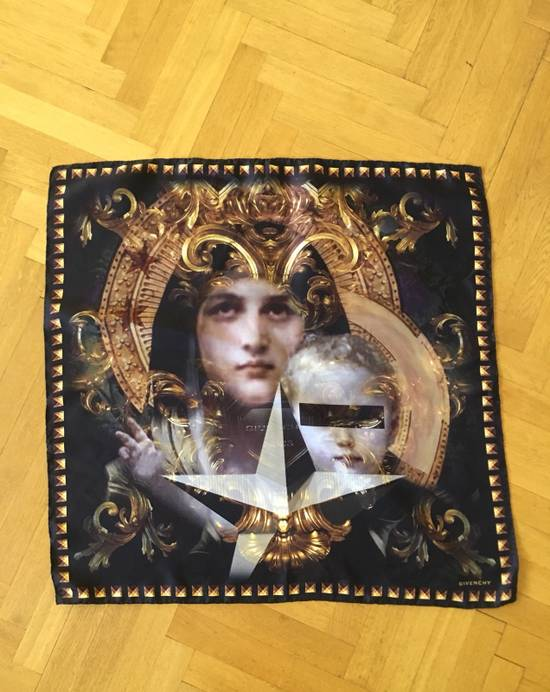 Givenchy Givenchy Madonna Print Scarf Size ONE SIZE