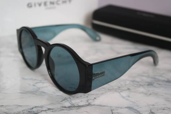 Givenchy NEW Givenchy GV 7056/S Blue Black Tint Lens Round Frame Sunglasses Size ONE SIZE - 2