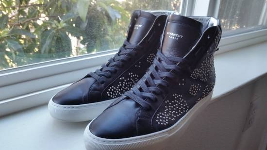 Givenchy Classic Hi-top Knot Black Stud Sneaker Size US 8.5 / EU 41-42