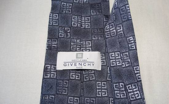 Givenchy Givenchy grey squarred G stripped tie made in Italy 100% silk Size ONE SIZE - 1
