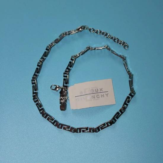 Givenchy Unique Silver Logo Necklace Size ONE SIZE - 4