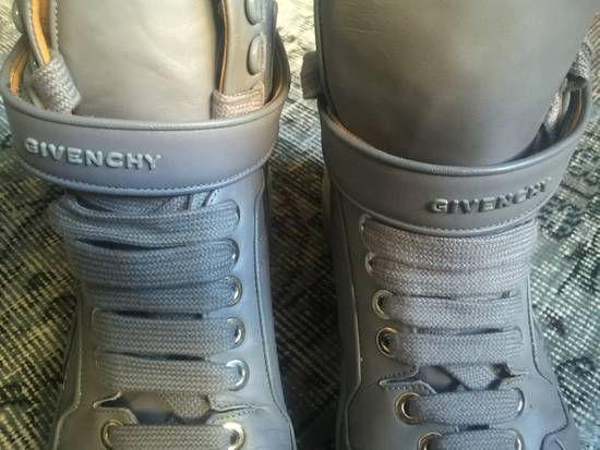 Givenchy Light Grey leather sneakers Size US 10 / EU 43 - 2