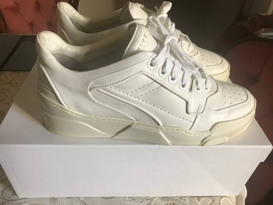 Givenchy Givenchy Tyson Low Sneakers White Size US 8 / EU 41 - 4