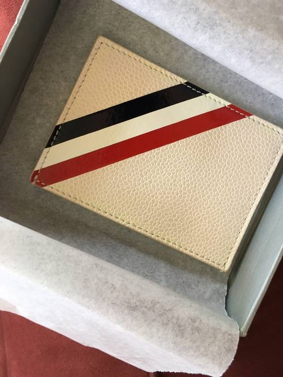 Thom Browne Off-White Diagonal Stripe Single Card Holder Size ONE SIZE - 3