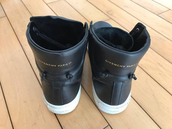 Givenchy Givenchy High Top Sneakers Size US 8.5 / EU 41-42 - 2