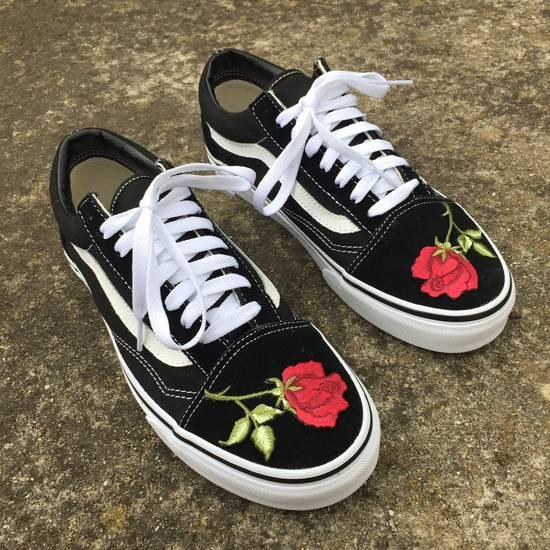 Vans Custom Embroidered Rose Vans Size US 10 / EU 43 - 1