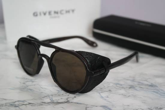 Givenchy NEW Givenchy 7038 Brown Round Sunglasses with Black Star Embossed Leather Shields Size ONE SIZE - 3