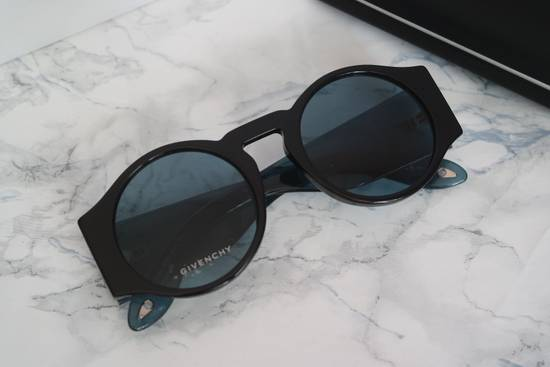 Givenchy NEW Givenchy GV 7056/S Blue Black Tint Lens Round Frame Sunglasses Size ONE SIZE - 5