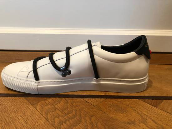 Givenchy Urban Sneaker By GIVENCHY In White Matte Leather Size US 8 / EU 41 - 4