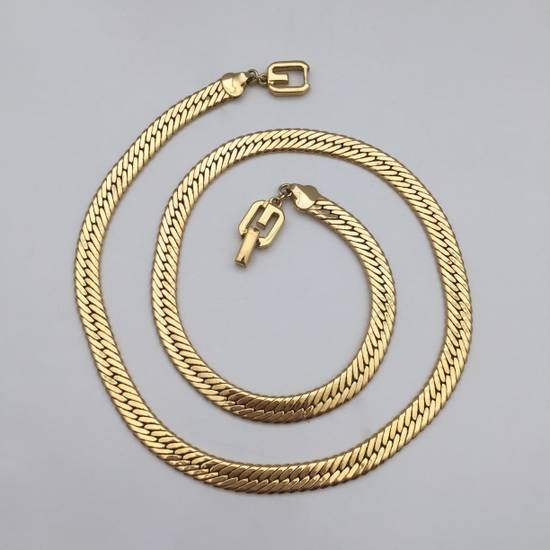 "Givenchy 24.5"" Gold Chain Necklace Size ONE SIZE - 8"