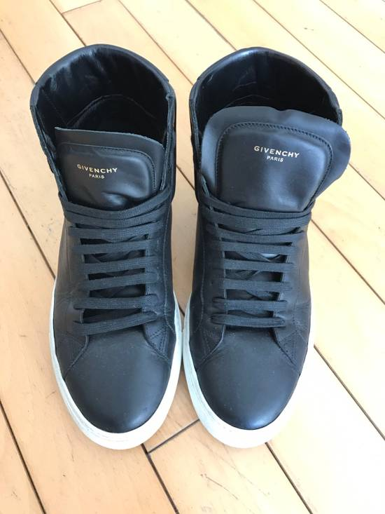 Givenchy Givenchy High Top Sneakers Size US 8.5 / EU 41-42