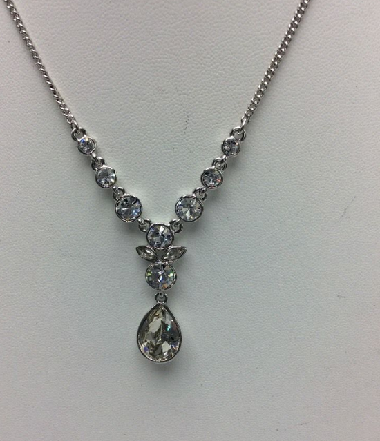 Givenchy Givenchy Crystal Necklace Size ONE SIZE