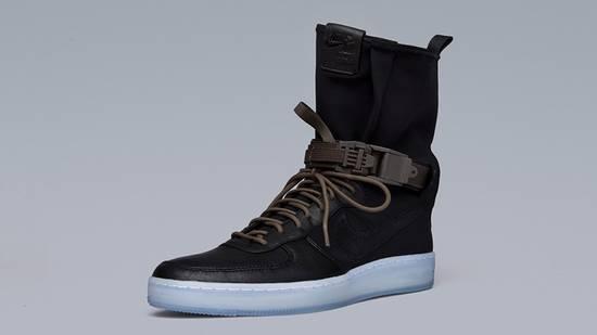 Nike AF1 Downtown Hi SP Black/black-medium olive Size US 9.5 / EU 42-43