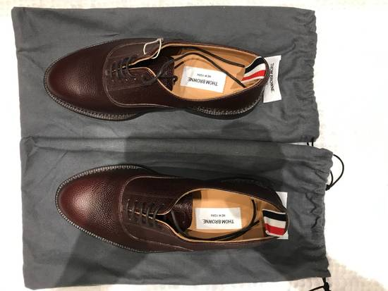 Thom Browne Brown Brogues with Leather Sole in Pebble Grain Size US 7 / EU 40 - 1
