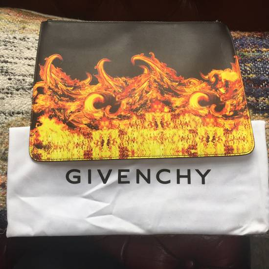 Givenchy Givenchy Flame Print Large Leather Pouch Size ONE SIZE - 1