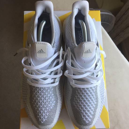 2566a7bb15220 ... Adidas Adidas Ultra Boost 2.0 3M Reflective Triple White Size US 9   EU  42 ...