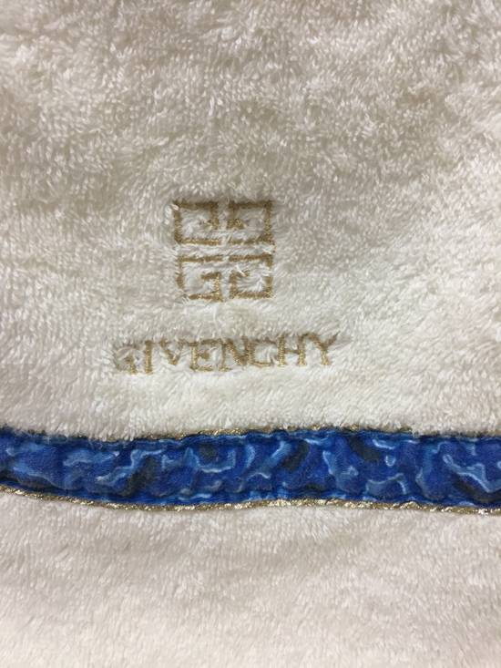 Givenchy Final Drop🔥Face Towel Givenchy Paris Size ONE SIZE - 2