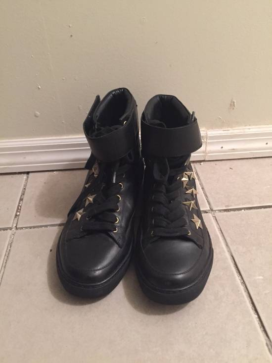 Givenchy $850 Givenchy Stars Studded High Top Sneakers Size US 8 / EU 41 - 12