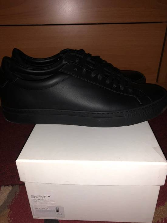 Givenchy Low Top Sneakers Size US 11 / EU 44 - 2