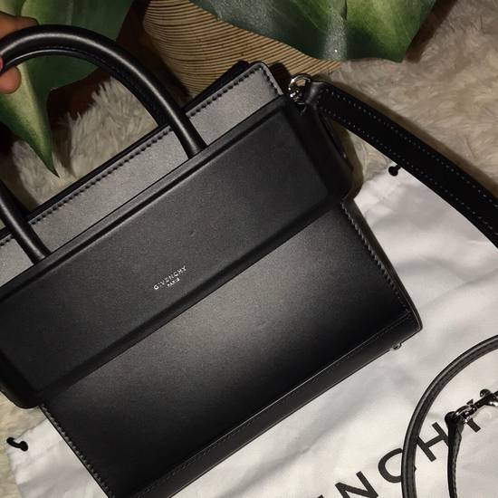 Givenchy Givenchy Horizon Small Leather Tote Size ONE SIZE - 2