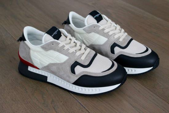 Givenchy Givenchy Runners Light Grey Size US 6 / EU 39 - 4