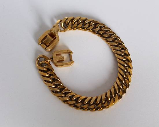 Givenchy Gold Plated Curb-Link Bracelet Size ONE SIZE - 1