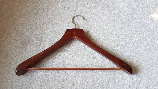 Thom Browne Thom Browne wood suit hanger Size ONE SIZE - 1
