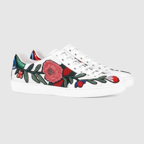 40111b78805 Gucci Gucci Ace Embroidered Sneaker Floral Size 9 - Low-Top Sneakers ...