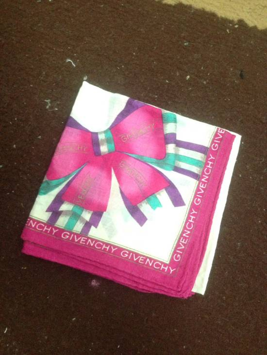 Givenchy Givenchy Handkerchief / Pocketsquares Size ONE SIZE