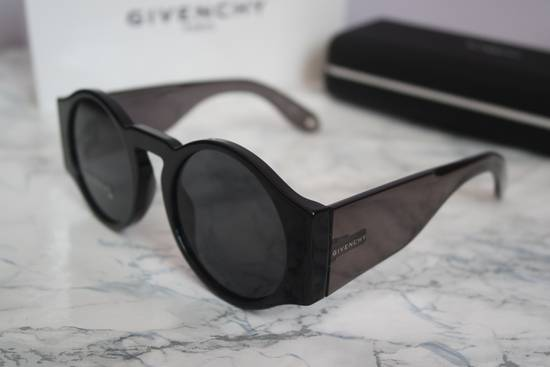 Givenchy NEW Givenchy 7056/S Black Round Thick Leg Circle Sunglasses Size ONE SIZE - 4