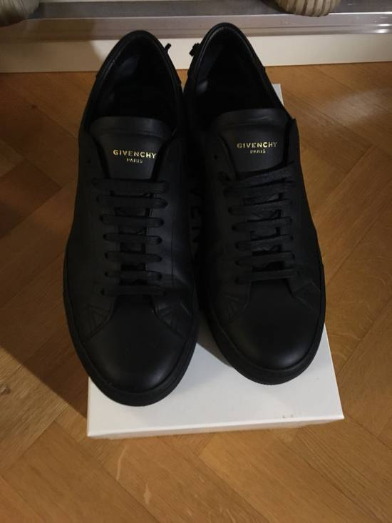 Givenchy Sneakers Size US 9 / EU 42